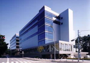 未来情報産業研究館